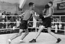 Слева Полодухин В.И. – чемпион СССР среди юниоров
