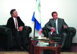 Посол США Уильям Бернс и губернатор А. Тишанин