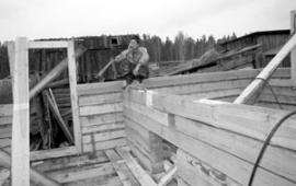 В Березовке строят дом для учителей