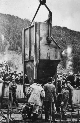 Строительство Красноярской ГЭС, возведение плотины. Август 1961