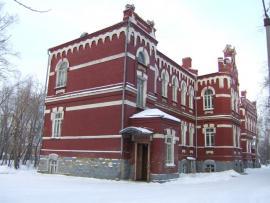 Один из корпусов железнодорожной больницы