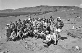 В раскопках, которые проходят с 1994 года каждое лето на Байкале в районе Бугульдейки, участвуют как наши археологи, так и иностранные.