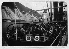 Пассажирское судно на Лене. Конец XIX - начало XX вв.