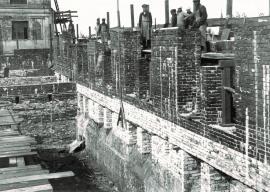 Строительство здания Госбанка на сквере Кирова