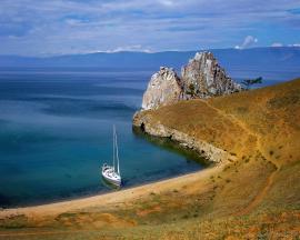 Остров Ольхон, скала Шаманка