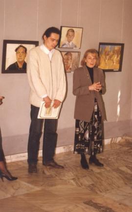 Т. Драница открывает персональную выставку Е. Монохонова. Иркутск, Художественный музей, 5 мая 1998 г.
