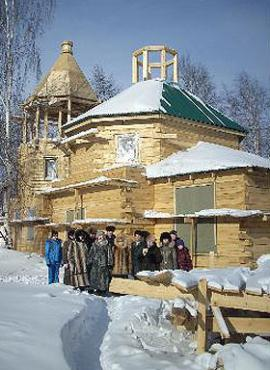Православный храм в поселке Мама