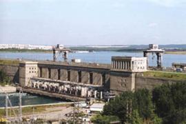 Вид на Иркутскую ГЭС