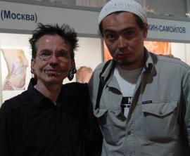 Рольф Буххольц (Rolf Buchholz) и Евгений Монохонов. 3-й фестиваль татуировки в Санкт-Петербурге. 3 июня 2005 г.