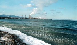 Байкальский ЦБК сбрасывает отходы в уникальное озеро