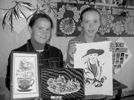 Декорации и костюмы работники Булайского клуба делают сами, из подручных средств.