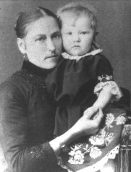 Екатерина Васильевна Шишелова с дочерью Наташей, 1889–1890 г.