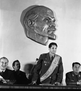 Присуждение звания почетного гражданина Б.В. Волынову