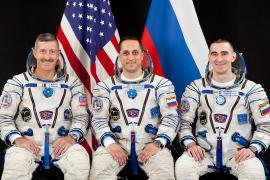 Участники экспедиции МКС-29/30 (слева направо): Дэниел Бербэнк, Антон Шкаплеров и Анатолий Иванишин