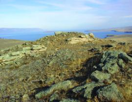 Остатки оборонительных сооружений Курыканских племён. о. Ольхон