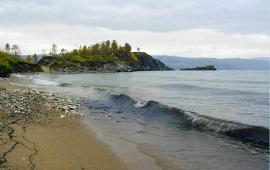 Вид с берега Байкала.