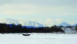 У села Байкальское