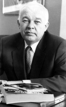 М. Винокуров