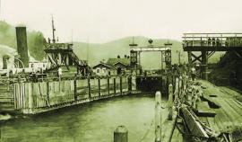 Пристань в порту Байкал