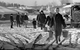 Первые палатки в с. Новом на Усть-Илимской ГЭС