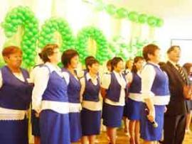 К юбилею Бахтайской школы учителя сшили новую форму