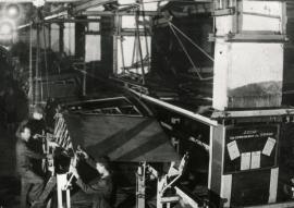 Цех Иркутского авиационного завода в годы ВОВ