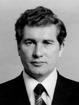 Максимовский Виктор Афанасьевич - директор ИАЗ с апреля 1968 по январь 1980 гг.
