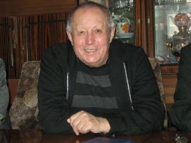 """За роман """"Росстань"""" (1968) писатель удостоен областной премии им.И.Уткина. В этой повести Гурулев воссоздает колоритный сибирский характер, вмещающий в себя удаль, бесшабашность, отвагу, вольнолюбие"""