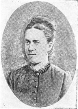 Мать — Полина Карловна Обручева