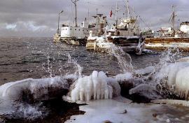 Байкальский лёд. Фото Бориса Слепнёва
