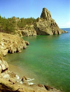 Вода Байкала меняет цвет