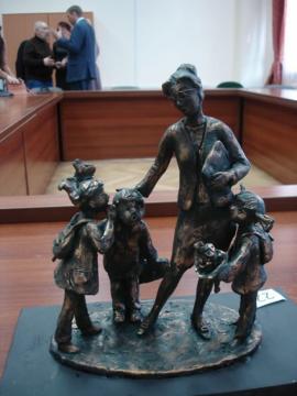 В Иркутске выбран памятник учителю