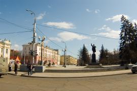 Угол улиц Ленина и К. Маркса