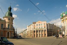 Перекрёсток улиц К.Маркса и В.И. Ленина в Иркутске