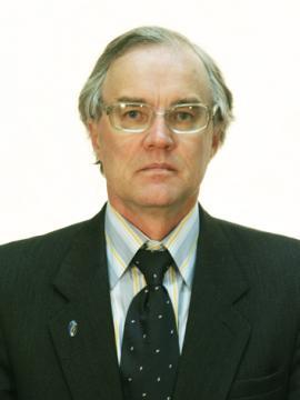 Опубликовал более 190 работ в местных и центральных изданиях России, а также в Монголии и США, автор 12 монографий, нескольких учебных пособий по новейшей истории Монголии