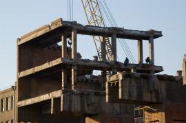 Чтобы разрушить здание, потребовалось четыре месяца круглосуточной работы