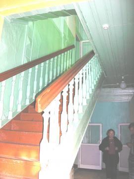Старинная лестница в доме. 2011 г. Фото авторов