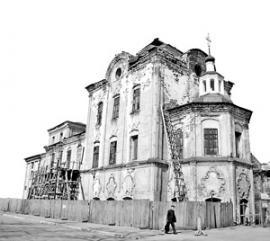 Университетское общежитие размещалось в Харлампиевской церкви.
