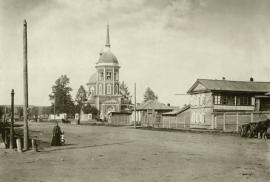 Иркутск, улица Преображенская (ныне Тимирязева). Вид на Преображенскую церковь. 1898