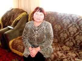 Дора Шапхарова заведует культурной жизнью Нухунурчан.