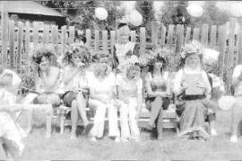 Участницы праздника в пос. Индустриальный. Фото Т.  Ковальской