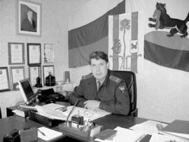 Начальник городского и одновременно районного отдела внутренних дел Василий Алексеев.