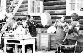 1985 год. В родительском доме в Листвянке. Празднование 40-летия победы