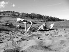 Берега Малого моря усыпаны палатками отдыхающих
