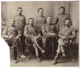 Познанский, Михаил Игнатьевич (сидит за столиком, второй - справа)
