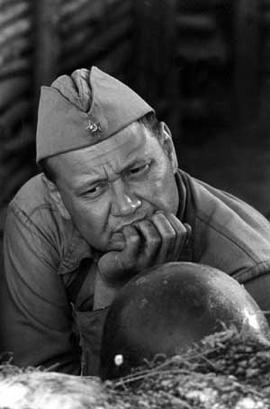 """Одной из самых заметных ролей Степанова в кино считают роль Глымова из военного сериала """"Штрафбат"""". Некогда """"вор в законе"""", а ныне боец Антип Глымов, пошел защищать Родину, когда враг пришел на его землю."""