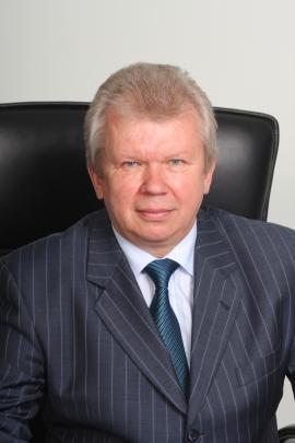 Вепрев  Александр  Алексеевич - директор ИАЗ
