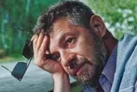 Помимо поэтического творчества в эти же годы А. И. Кобенков выступал как литературный и театральный критик. Рецензии его появлялись на страницах местной и центральной печати