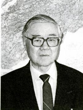 Юрий Васильевич Комаров, специалист в области магматической геологии и металлогении, автор более 150 научных трудов