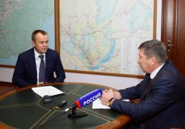 Министр здравоохранения Иркутской области Николай Корнилов и губернатор Иркутской области Сергей Ерощенко